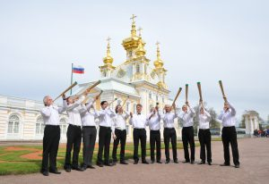 KapellaKuerasiereFanfaren_Peterhof-Sobor_16-Mai2015